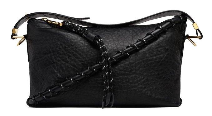 Acne Studios представили первую коллекцию сумок. Изображение № 5.
