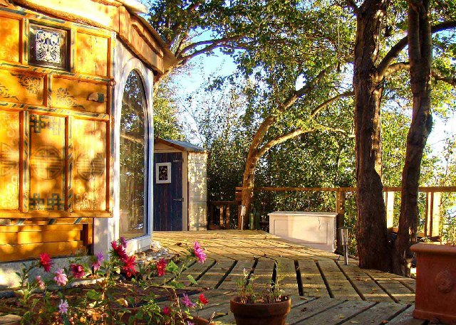 Рай в шалаше: 10 европейских глэмпингов. Изображение № 17.
