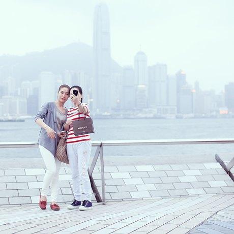 «Self Promenade»: Любители селфи в Гонконге. Изображение № 4.