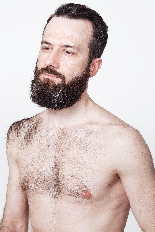 Голые и серьёзные:  Мужчины об отношении  к своему телу. Изображение № 14.