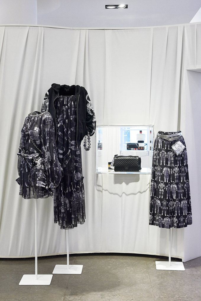 Chanel открыли временное пространство в Colette. Изображение № 4.