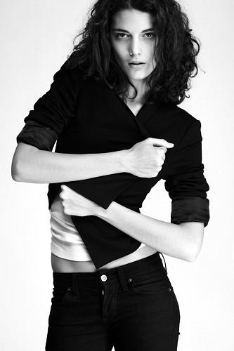 Новые лица: Катрин Крюгер. Изображение № 33.