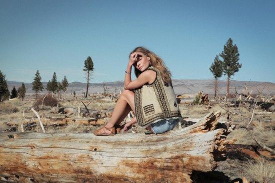 Кейт Босуорт помогла Topshop создать фестивальную коллекцию. Изображение № 1.