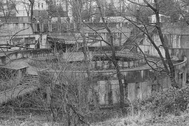 Печатный гид по Калининграду с показа Гоши Рубчинского. Изображение № 4.