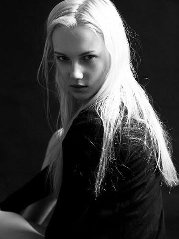 Новые лица: Эмили Руль. Изображение № 9.