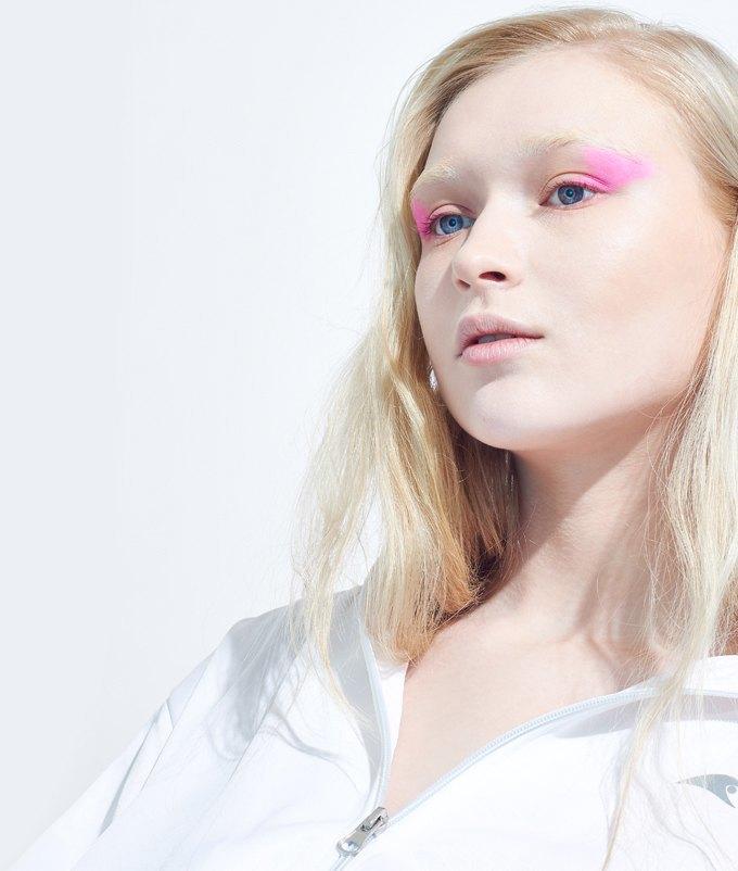 Как носить яркие тени: 6 вариантов макияжа. Изображение № 3.