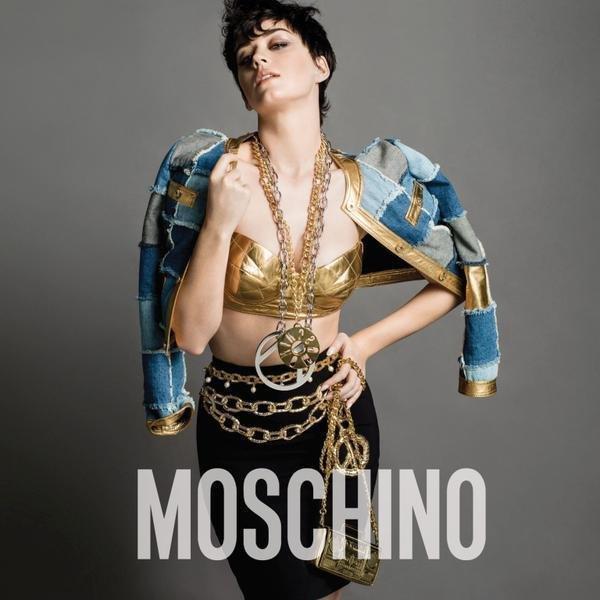 Moschino показали рекламную кампанию с Кэти Перри. Изображение № 1.