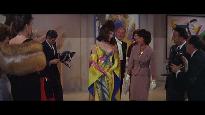 Что можно узнать о стиле  из комедии 60-х  «Что за путь!». Изображение № 5.
