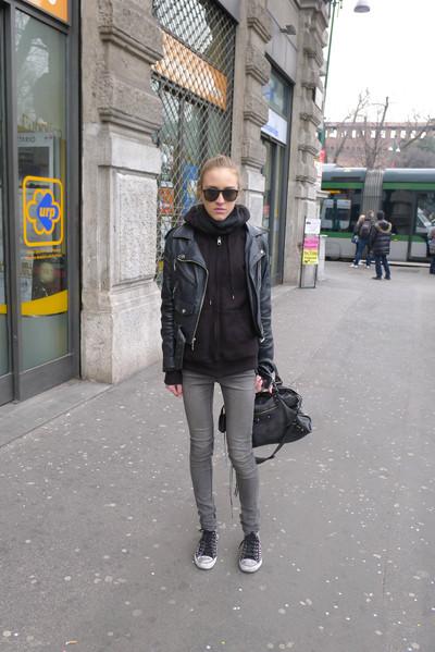Изображение 4. Milan Fashion Week: день четвертый – луки.. Изображение № 5.