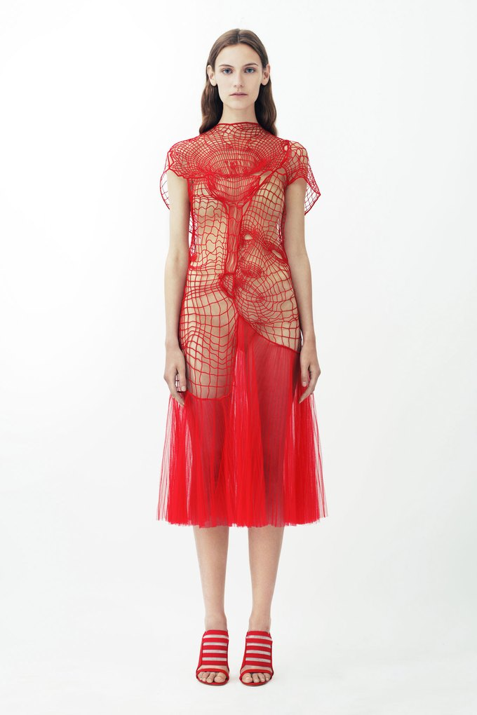 3D-модели женских торсов в круизной коллекции Christopher Kane. Изображение № 11.
