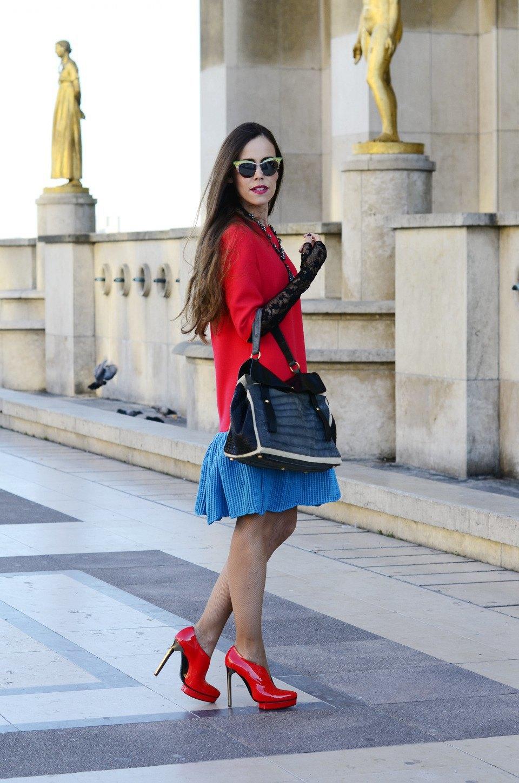 Парень в камуфляже, девушка-Микки-Маус и другие гости Paris Fashion Week. Изображение № 32.