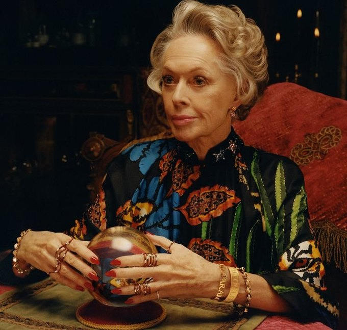 В новой рекламе Gucci снялась 88-летняя актриса Типпи Хедрен. Изображение № 1.