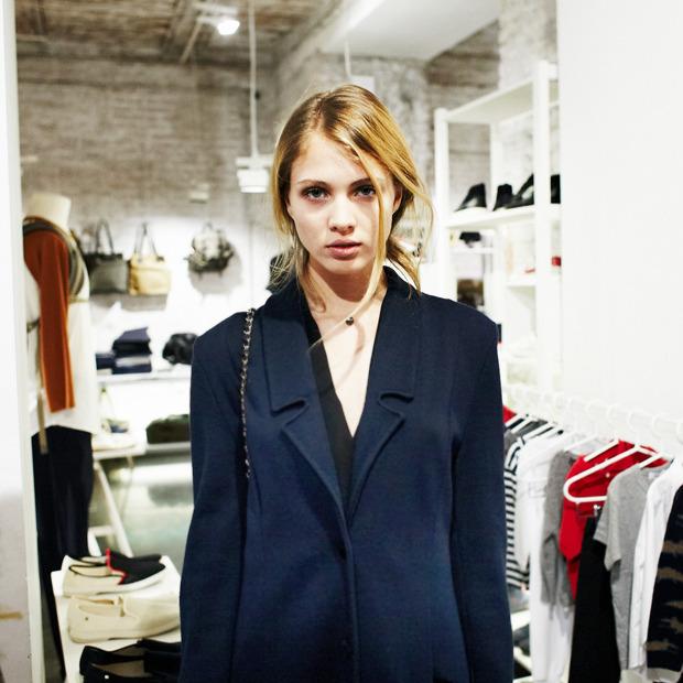 Грош цена: Люди на Fashion's Night Out о самых выгодных покупках. Изображение № 15.