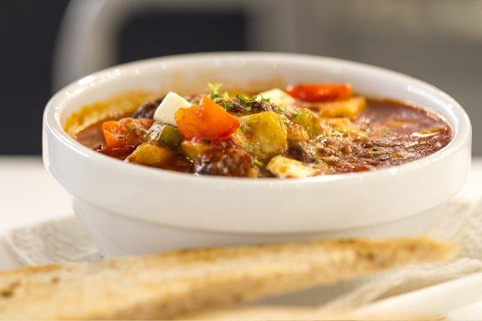 Недоброе утро: 5 рецептов идеальных  похмельных супов. Изображение № 5.