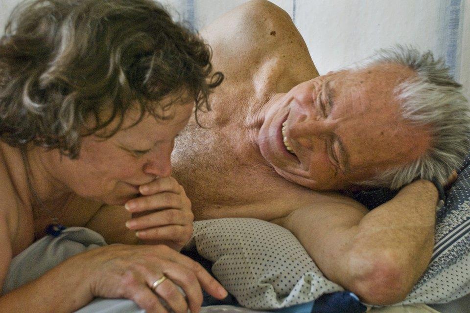 Зрелость равно оргазм: Что происходит вместе с сексом по прошествии 00 лет. Изображение № 0.