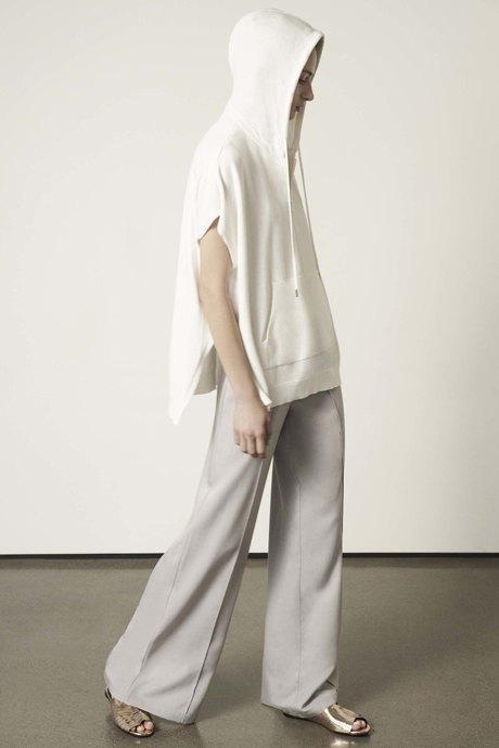 Огромное худи: Базовая вещь на острие моды. Изображение № 4.