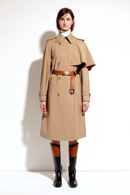 Пальто и костюмы в лукбуке новой коллекции Michael Kors. Изображение № 25.