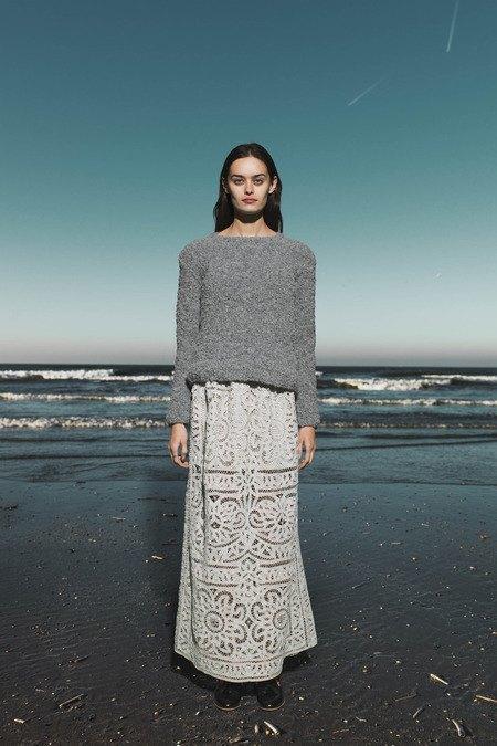 Леопардовые пальто и кружевные юбки в лукбуке Sea. Изображение № 6.