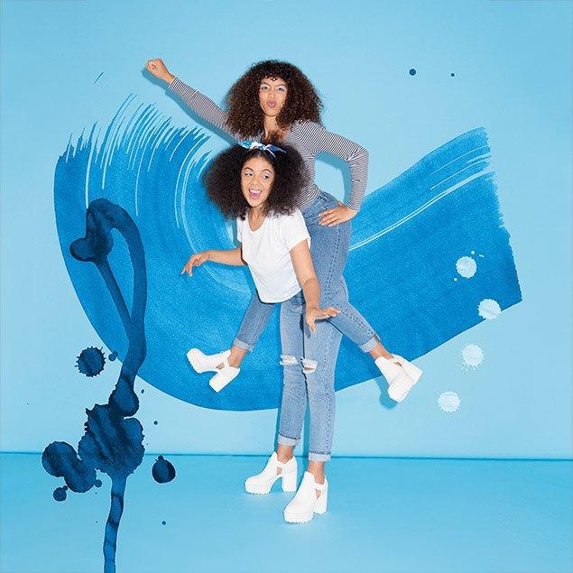 Рэперша и рекордсменка  по кручению обручей снялись в кампании Monki. Изображение № 3.