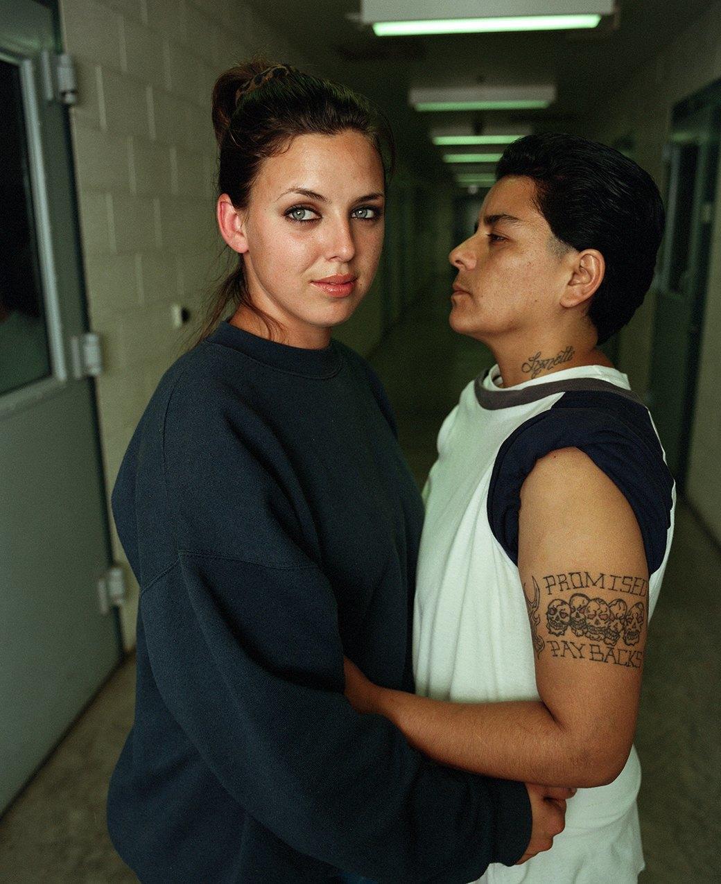 Секс про женскую тюрьму 9 фотография