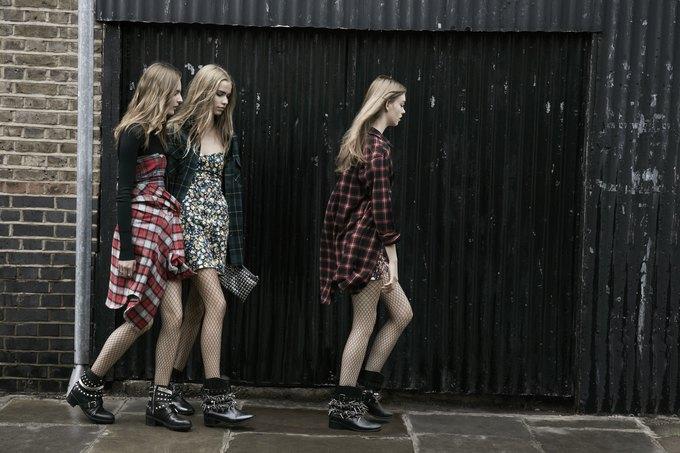 Модели на улицах Лондона в новой кампании Zara. Изображение № 20.