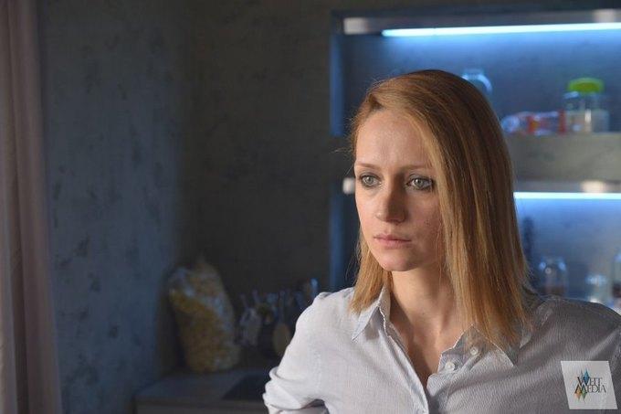 Актрисе Исаковой придется сильно постараться, чтобы превзойти Клэр Дейнс в гримасничанье. Изображение № 4.