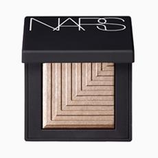Тени для век NARS Dual-Intensity Eyeshadow в оттенке Sycorax, 2249 руб.. Изображение № 32.