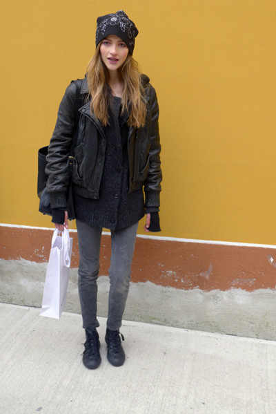 Изображение 3. Milan Fashion Week: день пятый – луки.. Изображение № 3.