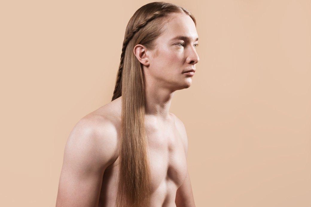 5 причесок под шапку для длинных волос. Изображение № 14.