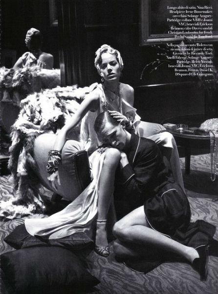 Фрея Беха Эриксен в съёмке для итальянского Vogue. Изображение № 59.