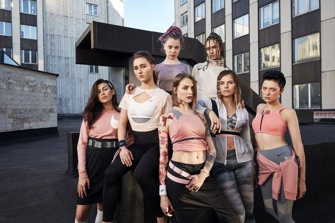 Nike запустили кампанию  в поддержку женщин «Поверь в большее». Изображение № 3.