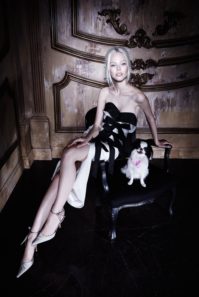 Саша Лусс с собачкой в новом лукбуке Bohemique. Изображение № 8.
