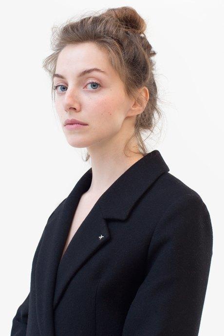 Ведущий дизайнер и пилотесса Маша Мелкосьянц о любимых нарядах. Изображение № 9.
