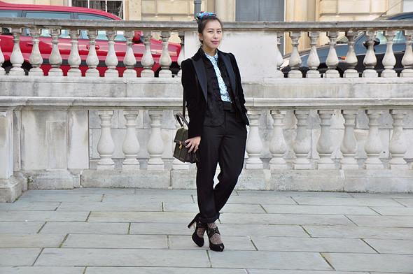 London Fashion Week: Уличный стиль, часть 3. Изображение № 14.