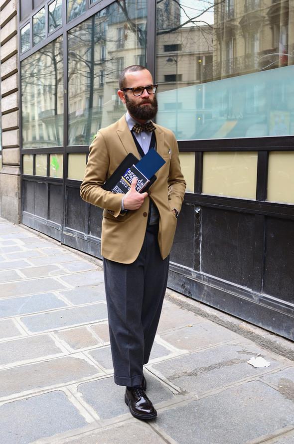 Неделя моды в Париже: Streetstyle. Изображение № 43.