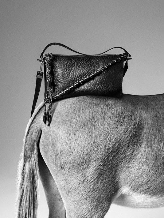 Acne Studios представили первую коллекцию сумок. Изображение № 1.