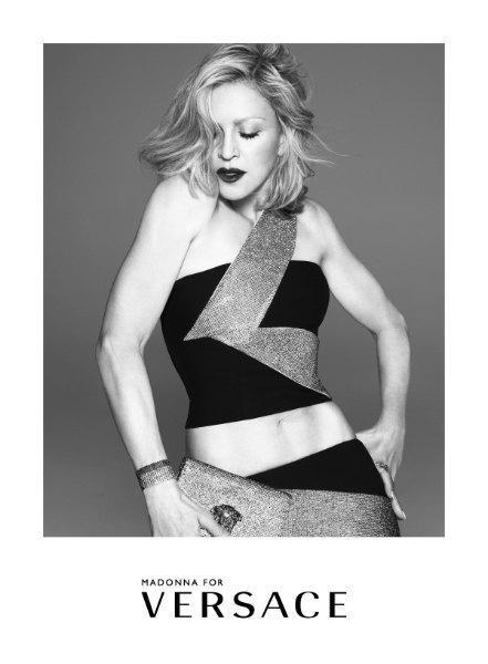 Мадонна стала лицом новой кампании Versace. Изображение № 2.