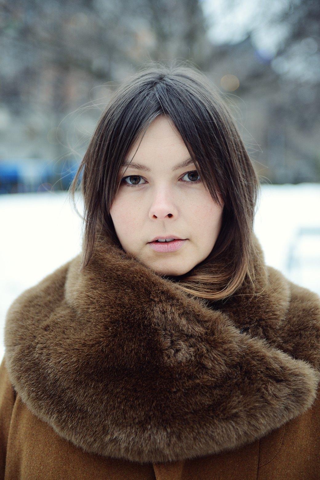 Шубы и горох на Stockholm Fashion Week. Изображение № 9.