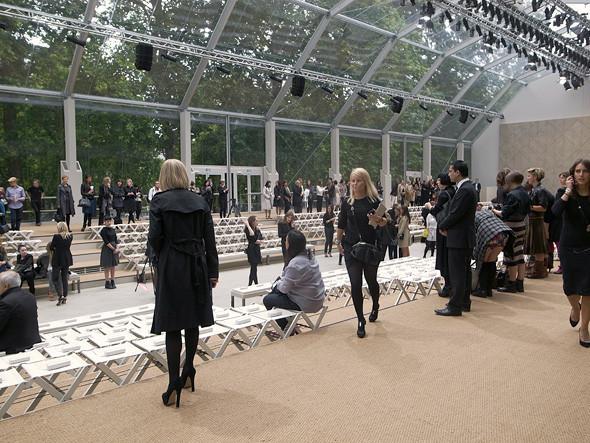 London Fashion Week: Показ Burberry Prorsum в Кенсингтонских садах. Изображение № 6.