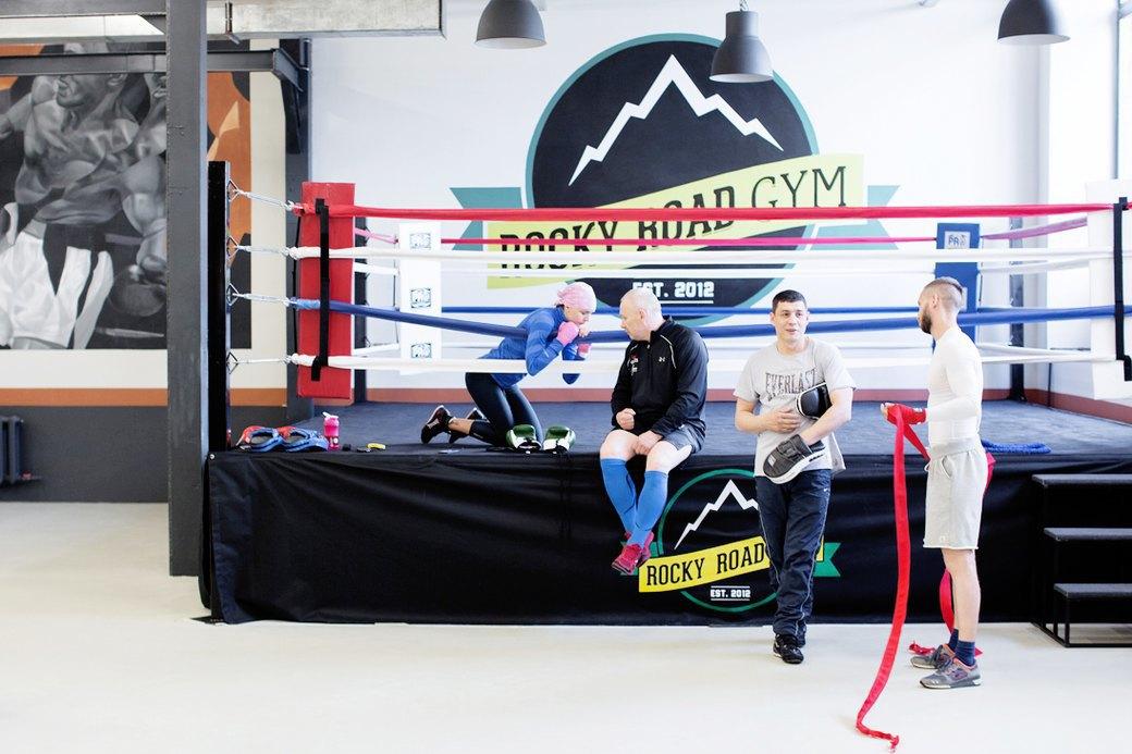 Висит груша:  С чего начать  занятия боксом. Изображение № 3.