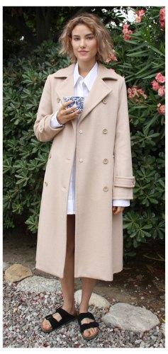 Агнесс Дейн представила дебютную коллекцию своего бренда Title A. Изображение № 2.