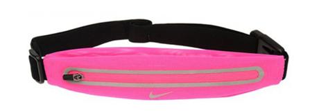Освободи руки: 10 поясных сумок от простых до роскошных. Изображение № 10.