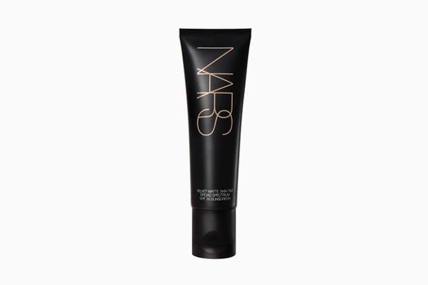 NARS Velvet Matte Skin Tint. Изображение № 9.