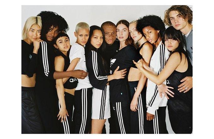 Петра Коллинз сняла рекламную кампанию adidas Originals x Urban Outfitters. Изображение № 1.