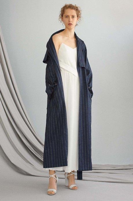 Летние пальто-халаты: Домашняя одежда  на улицах города. Изображение № 2.