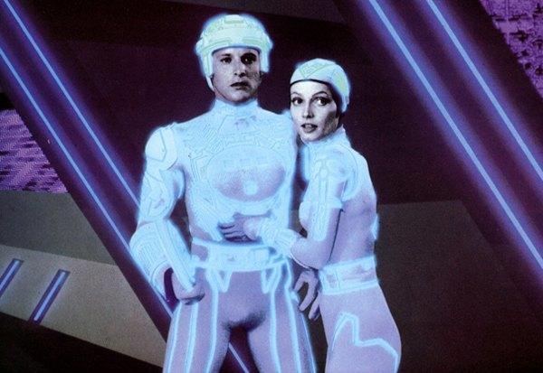 Невиртуальная реальность: Как «Трон» и Уильям Гибсон предсказали наше время. Изображение № 3.