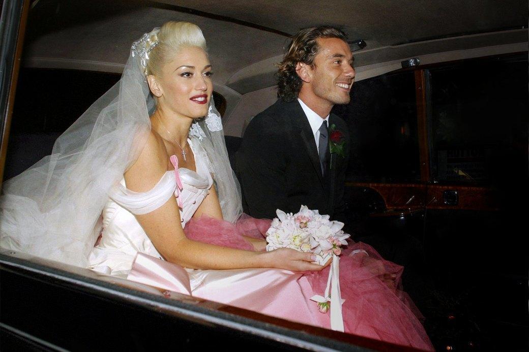 От платья-торта до джинсов: Как менялась свадебная мода. Изображение № 8.