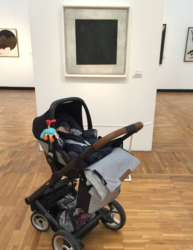 Почему прийти в музей  с коляской — не блажь,  а право. Изображение № 2.