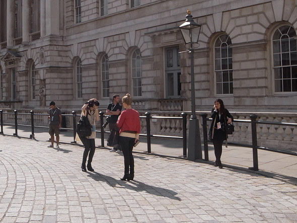 London Fashion Week: Репортаж с первого дня. Изображение № 11.
