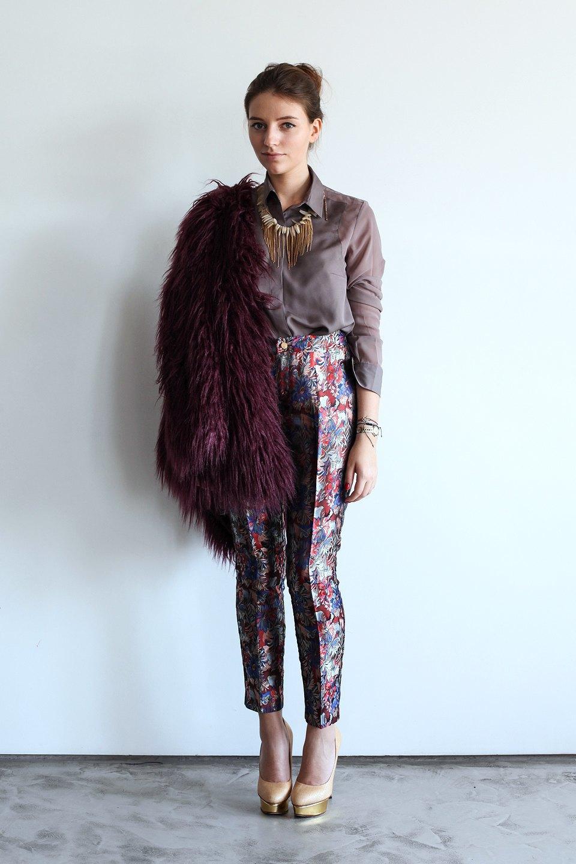 Гардероб: Катя Бутко, блогер и создатель  винтажного магазина. Изображение № 15.